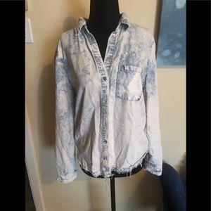 🌟2/$25🌟GARAGE boyfriend jean shirt